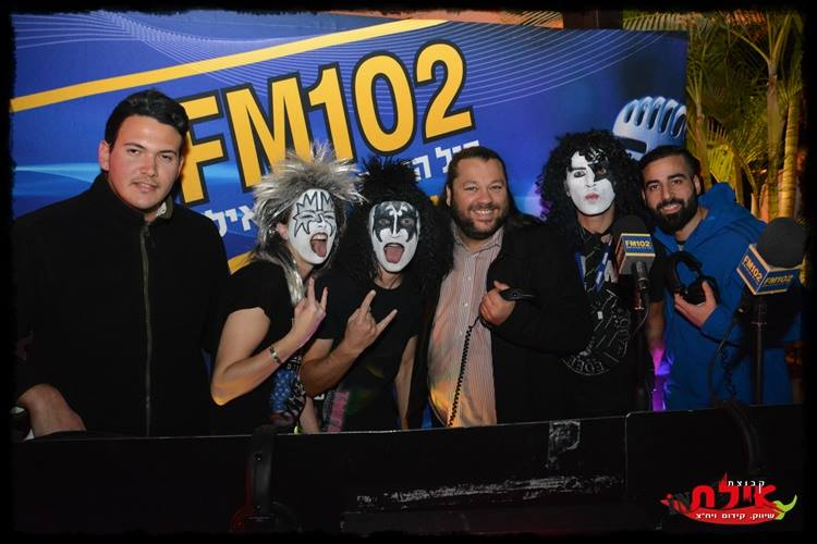 glam rock band in south west, band for New Years Eve, rock party band in south west, kiss themed band, kiss tribute band uk, glam rock band, 70s tribute band, seventies tribute band, 70s party band, NYE 2016