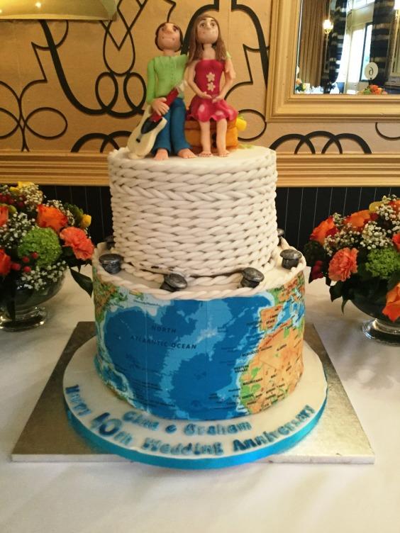 Wedding anniversary cake with guitar