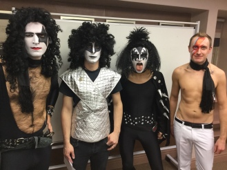 70s glam rock band, glam rock band, glam band, 70s tribute band in WIltshire, 70s tribute band in SOuth West, Transvestite band, band for 40th wedding, band for 40th, kiss tribute band, bowie tribute, kiss costumes, band in make up, band for Cricklade House