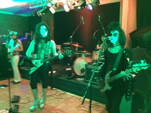 band in drag, drag rock band, 70s glam rock band, glam rock band, glam band, 70s tribute band in WIltshire, 70s tribute band in SOuth West, Transvestite band, band for 40th wedding, band for 40th, kiss tribute band, bowie tribute, kiss costumes, band in make up, band for Cricklade House