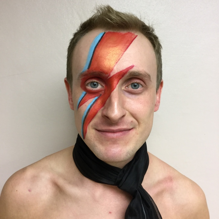 David Bowie make up, david bowie tribute, David bowie look a like,70s glam rock band, glam rock band, glam band, 70s tribute band in WIltshire, 70s tribute band in SOuth West, Transvestite band, band for 40th wedding, band for 40th, kiss tribute band, bowie tribute, kiss costumes, band in make up, band for Cricklade House